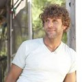 Billy Currington will perform a pre-race concert ahead of the NASCAR Sprint All-Star Race on May 18, presented by Lance Sandwich Crackers. (Universal Music Group Nashville Photo)