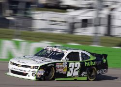 No. 32 VIZIO / Hulu Plus Chevrolet Camaro