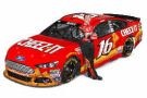 2015 NSCS Driver Greg Biffle and the No. 16 Cheez-It Ford Fusion