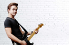 Hunter Hayes will perform a 60-minute set before the Bank of America 500 on Saturday, Oct. 10. (Photo courtesy of Hunter Hayes)